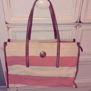 pink and white Tommy Hilfiger purse!
